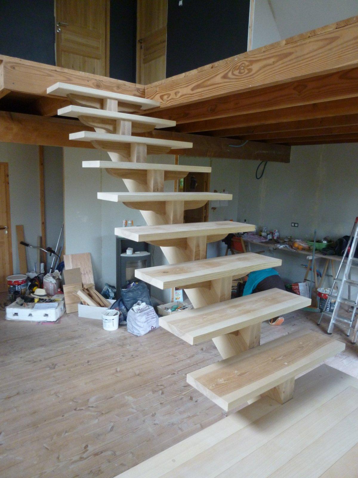 escalier crémaillère central